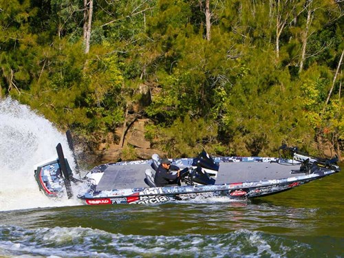 Phoenix 721 ProXP Bass Boat
