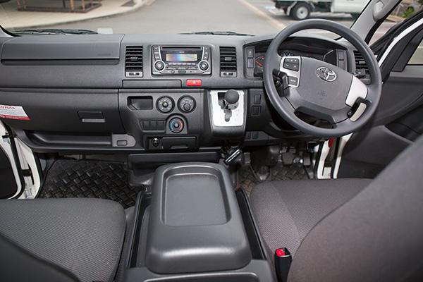 Toyota -Hi Ace -LWB-review ,-ATN2