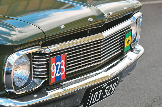 Army -FX-Holden -XP-Ford -238