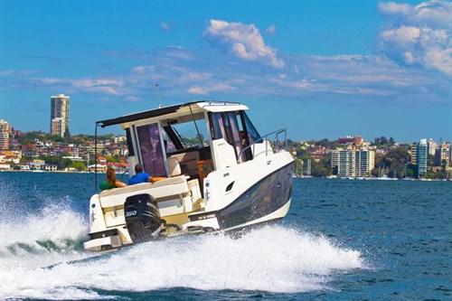 Arvor 855 Weekender on the water