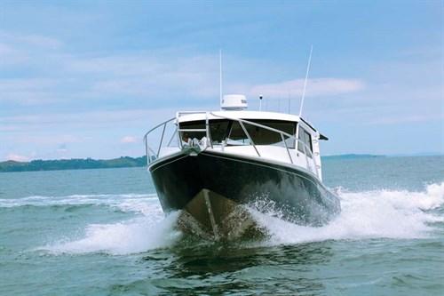 Image 8.75m Fishmaster fishing boat
