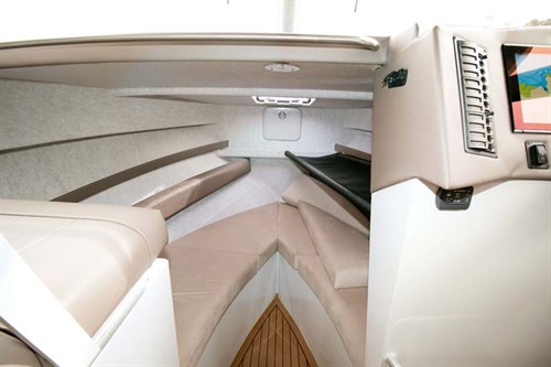 Cabin of Image 8.75m Fishmaster
