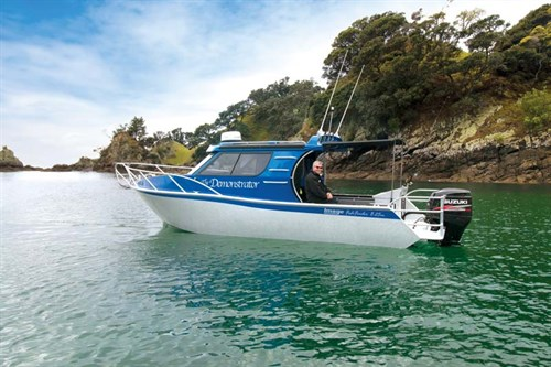 Image 8.25 Fishfinder aluminium boat