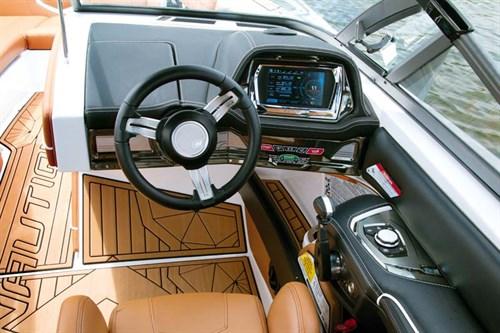 Marine electronics dash controls on Super Air Nautique G23