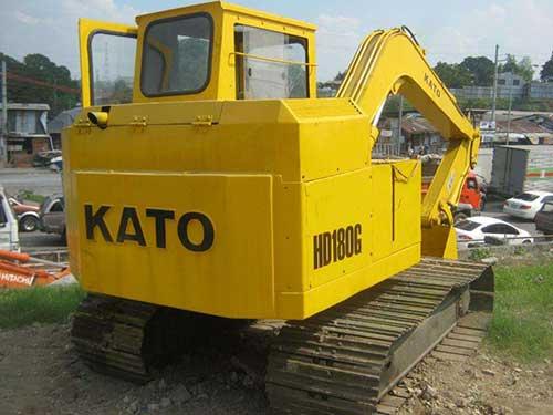 Kato -180G-excavator -b3