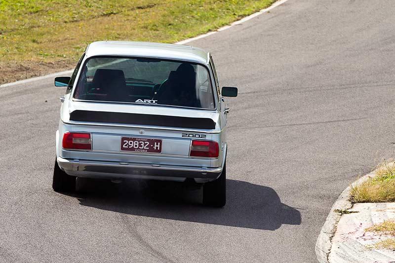 BMW-2002-motion -rear
