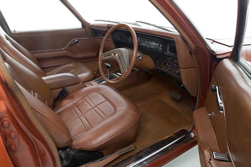 Holden -HQ-HZ-premier -interior -2