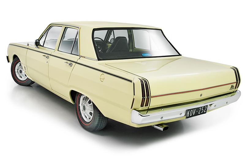 Chrysler -valiant -pacer -rear -angle