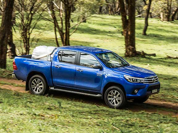 Toyota Hilux side profile