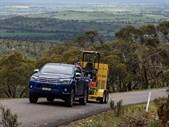 Toyota Hilux pulling load