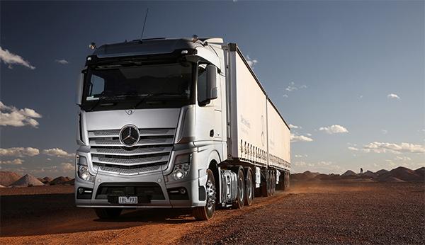 Mercedes -Benz -Actros ,-Review ,-NT,-Daimler ,-Steve -Brooks ,-Owner Driver5