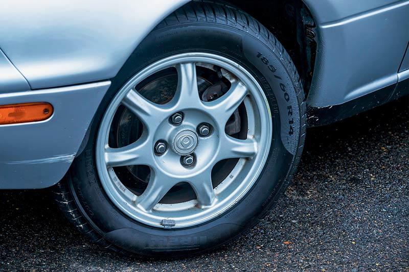 Mazda -mx 5-wheel -2