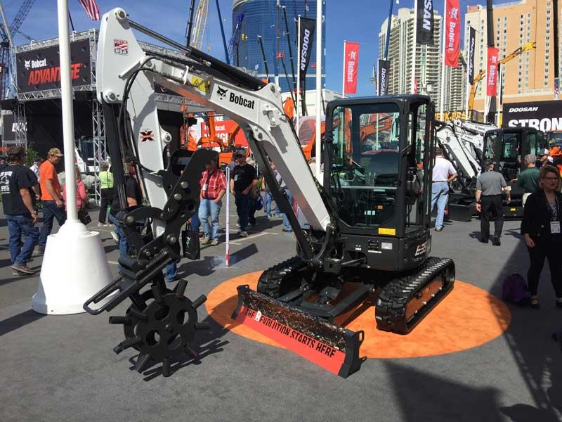 Bobcat E25R excavator