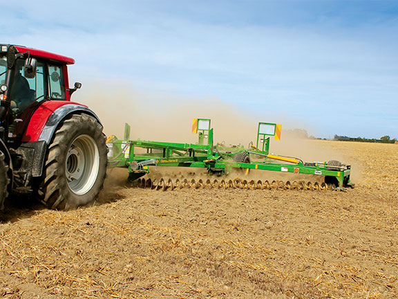 The wide 9m working width allows for impressive work rates in excess of 10ha/hr