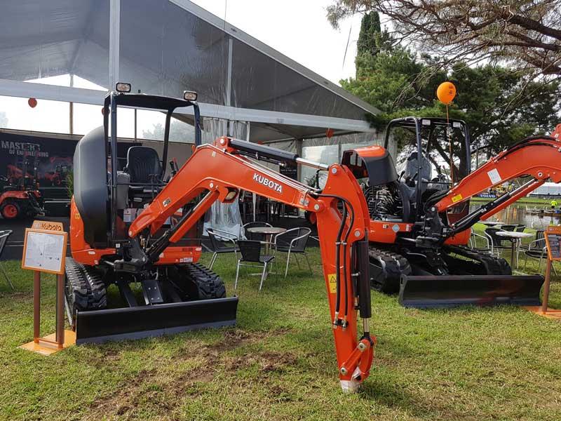 Kubota U27-4 mini excavator