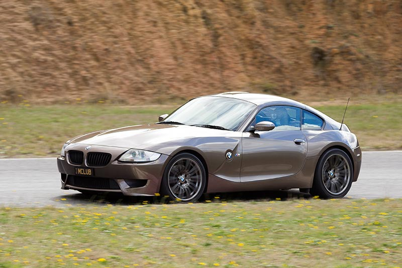 Bmw -z 4m -coupe -ontrack -side