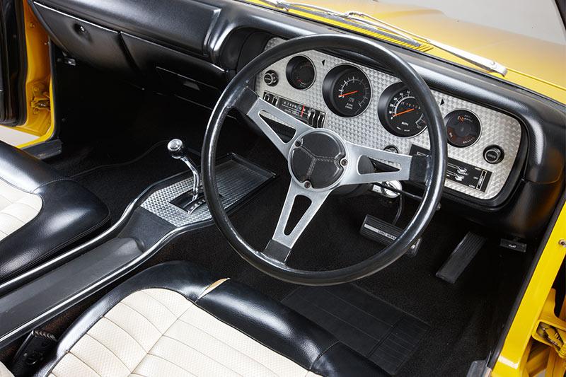 Chrysler -charger -e 55-interior -dash