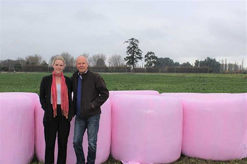 Farmers -wrapped -to -help -charity