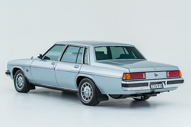 Holden -wb -statesman -rear -angle