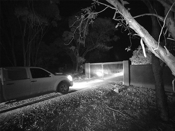 Night footage from the Silvan Selecta 3G security camera