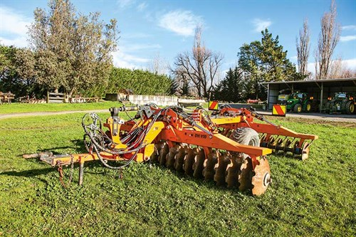 Seed -drill