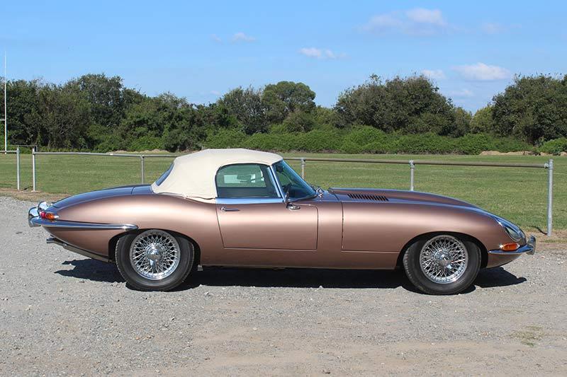 Jaguar -etype -side