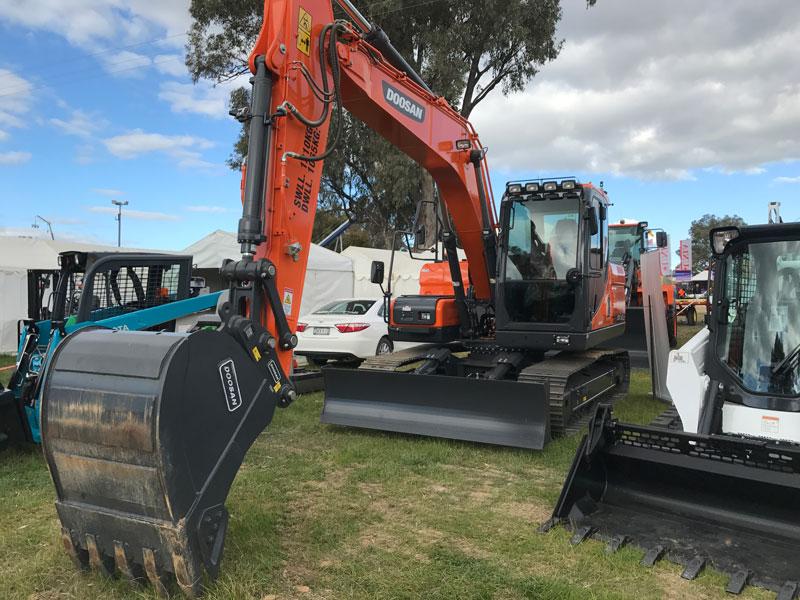Doosan -DX140LC-excavator