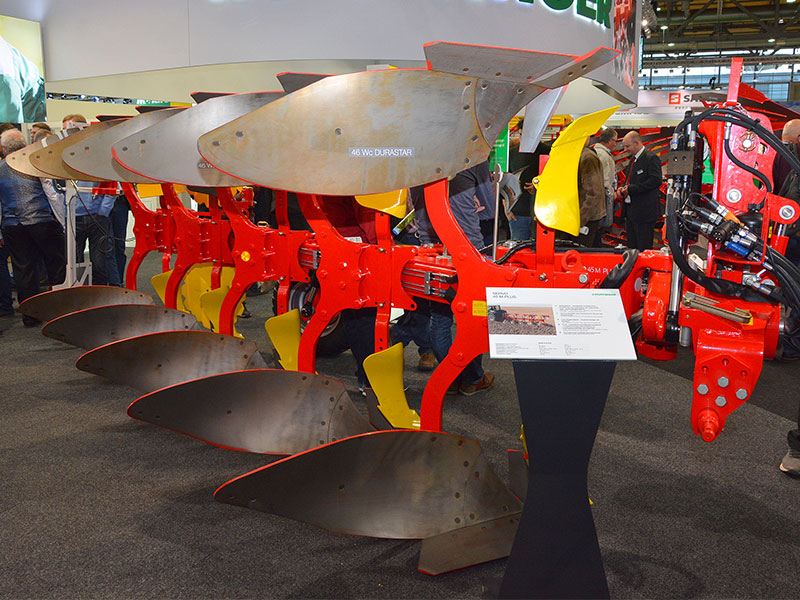 Pottinger claims that wheel slip is minimised when using the latest Servo 45M and fuel consumption is reduced by up to two litres per hectare.