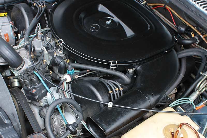 Mercedes -benz -450-sel -engine -2