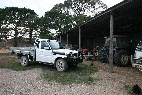 The Mahindra Pik-Up on the farm