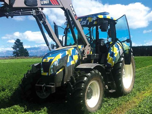 Police -tractor -3