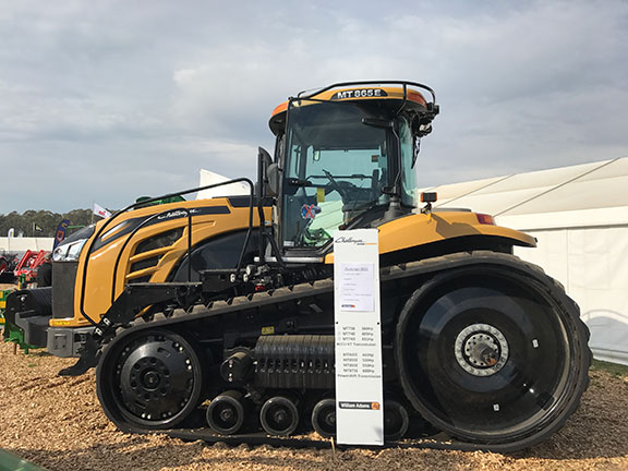 The Challenger MT865E side on