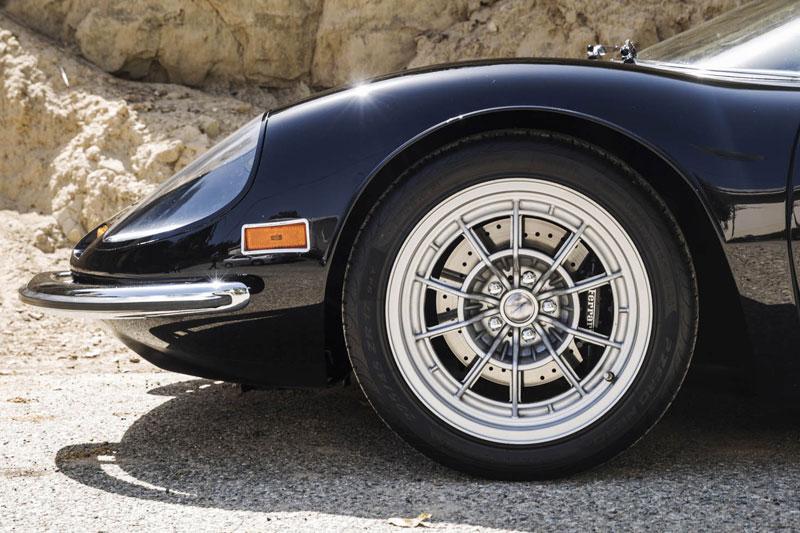 Million -dollar -Dino -front -wheel