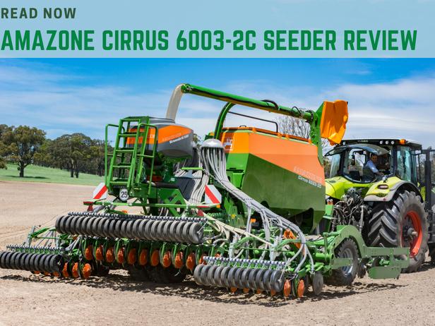 John Deere 1025R sub-compact tractor