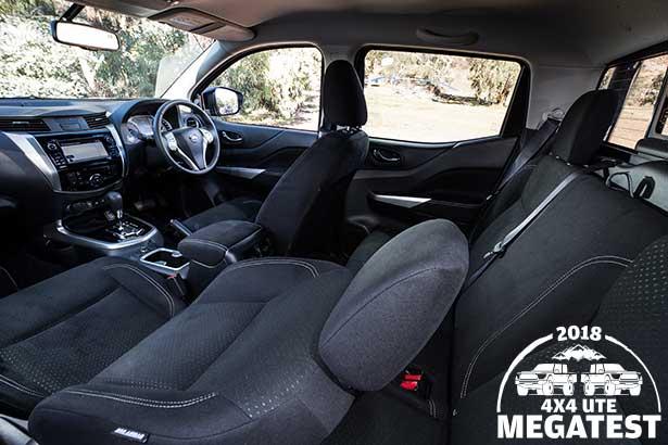 Nissan -Navara -interior
