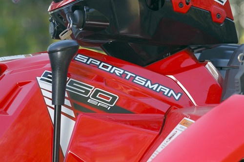Polaris Sportsman X2 550 ATV_gear _controls