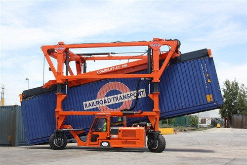 Combilift SC3 T Container Hadnler Straddle Carrier _1