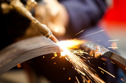Metal Cutting With Acetylene Torch -oxy Welding