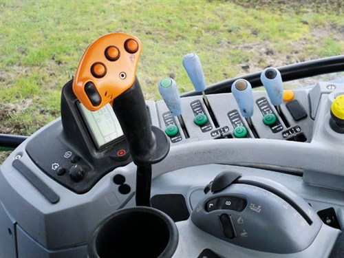 New Holland T6080 Elite Tractor Controls