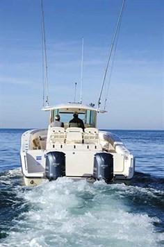 GRADY-WHITE CANYON 376 FISHING BOAT